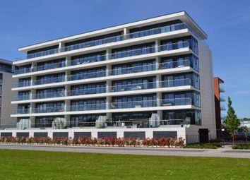 Thumbnail 3 bed flat for sale in Kingman Way, Newbury