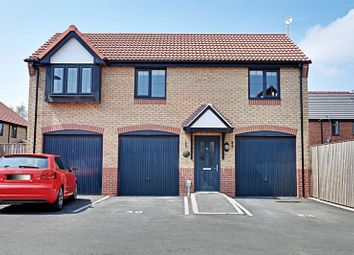 Thumbnail 2 bed detached house for sale in College Gardens, Hull