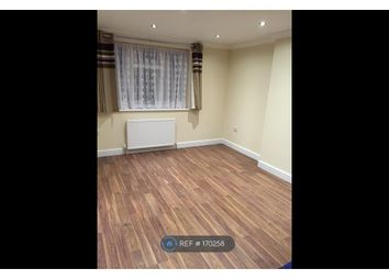 Thumbnail Room to rent in Leamington Close, Hounslow