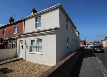 Thumbnail 1 bed flat to rent in Manor Road North, Itchen
