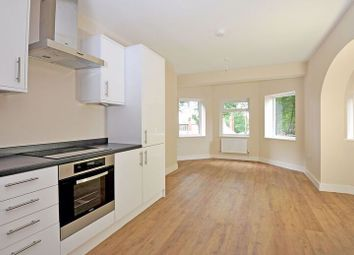 2 bed maisonette for sale in Hindhead Road, Hindhead GU26