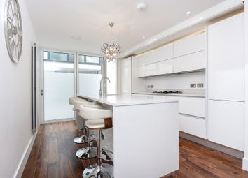 Thumbnail 2 bed flat for sale in Prescott Place, Clapham, London