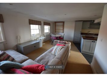 Thumbnail 1 bed flat to rent in West Street, Farnham