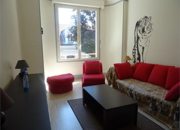 Thumbnail 2 bed apartment for sale in Auvergne, Allier, Vichy