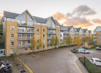 St. Andrews Close, Canterbury CT1. 3 bed flat for sale