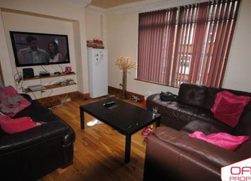 6 bed terraced house to rent in 48 Manor Drive, Hyde Park LS6 1De