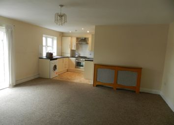 Thumbnail 2 bed flat to rent in Oakfield Street, Roath