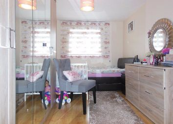 Thumbnail 2 bed flat to rent in Creighton Road, London