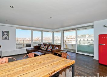 2 bed flat for sale in Kings Road, Brighton BN1