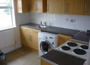 Thumbnail 2 bed flat to rent in Avon Grove, Bletchley, Milton Keynes