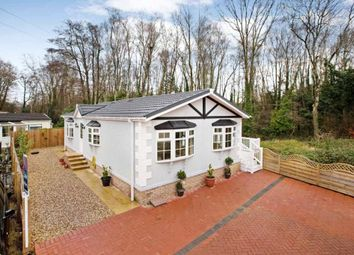 Thumbnail 2 bed mobile/park home for sale in Moorland Park, Old Newton Road, Bovey Tracey, Newton Abbot
