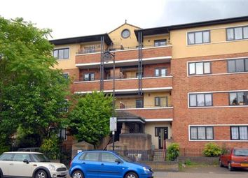 Thumbnail 3 bed flat to rent in Rotherfield Street, Essex Road, Islington
