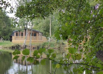 Thumbnail 2 bedroom mobile/park home for sale in Waveney Valley Lakes, Wortwell, Harleston