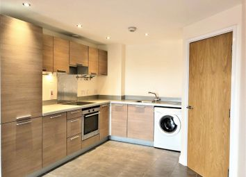 Thumbnail 1 bed flat to rent in Azure House, London