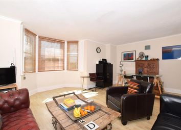 1 bed flat for sale in Buckland Hill, Maidstone, Kent ME16
