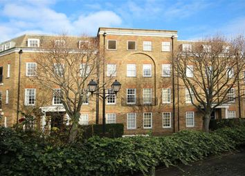 Thumbnail 1 bed flat to rent in Regents Bridge Gardens, London
