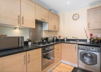 Thumbnail 1 bed flat to rent in Malvern Road, Queens Park