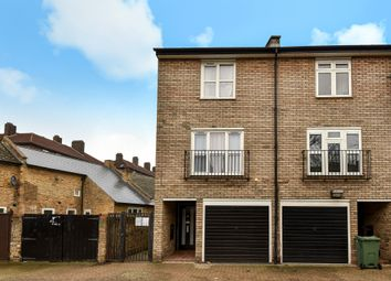 Thumbnail 3 bed town house for sale in Melbourne Mews, London