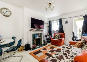 Thumbnail 2 bedroom flat for sale in Beckenham Hill BR3, Beckenham Hill, Beckenham,