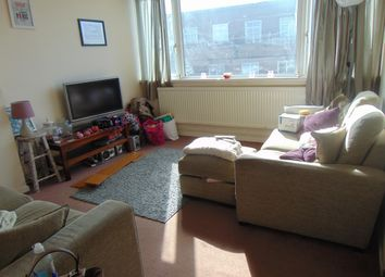 Thumbnail 3 bed flat to rent in Queen Street, Hitchin