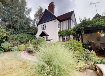 Thumbnail 4 bed detached house for sale in Darkes Lane, Potters Bar, Hertfordshire
