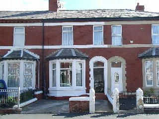 Thumbnail 3 bedroom flat to rent in Egerton Road, Blackpool