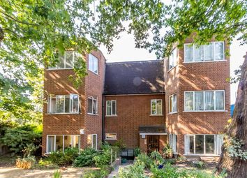 Thumbnail 2 bed flat for sale in Manor Fields, London
