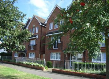 Thumbnail 1 bed flat to rent in Merton Road, Slough