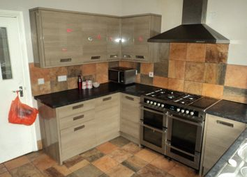 Thumbnail 7 bed terraced house to rent in Kearsley Road, Sheffield