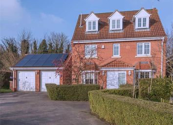 Thumbnail 5 bedroom detached house for sale in Oat Drive, Sleaford, Lincolnshire