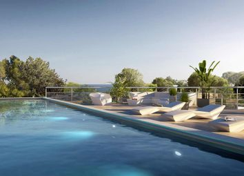 Thumbnail Block of flats for sale in Route De La Corniche Saint Raphael, Boulouris, Var, Provence-Alpes-Côte D'azur, France