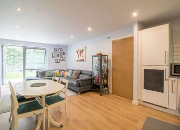 Lily Close, Pinner HA5. 2 bed flat for sale