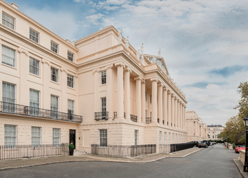 Thumbnail 3 bed flat for sale in Cumberland Terrace, London