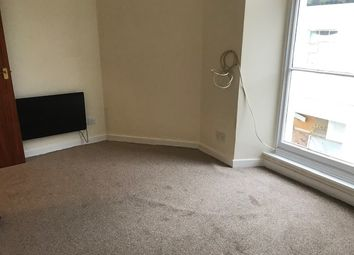 1 bed flat to rent in Winner Street, Paignton TQ3