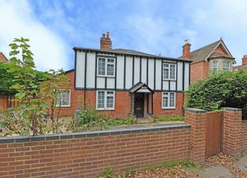 Thumbnail 4 bed detached house for sale in Basingstoke Road, Spencers Wood, Reading