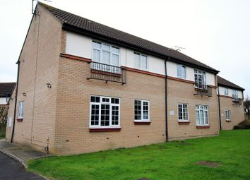 Thumbnail 2 bedroom flat to rent in Moat Rise, Rayleigh