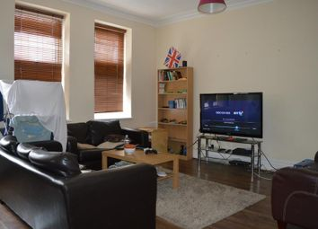 Thumbnail 3 bedroom flat to rent in Grand Parade, Green Lanes, London