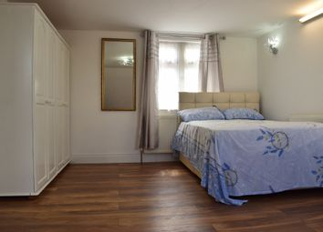 Thumbnail Room to rent in Botwell Lane, Hayes