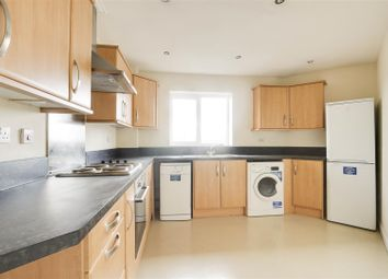 2 bed flat for sale in Pavior Road, Bestwood, Nottinghamshire NG5