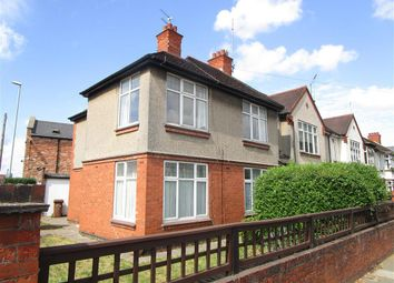 Thumbnail 2 bed flat to rent in Kingsley Road, Northampton