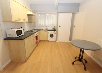 Thumbnail 3 bed flat to rent in Waverley Avenue, Beeston