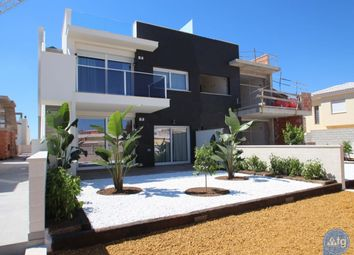 Thumbnail 3 bed bungalow for sale in Calle Jorge Manrique, 73, 03184 Torrevieja, Alicante, Spain