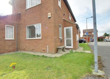 Thumbnail 2 bedroom flat to rent in Pickering Grove, Thorne, Doncaster