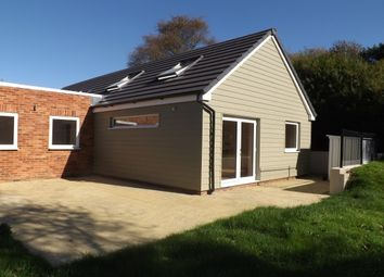 Thumbnail 4 bed bungalow to rent in Mutton Hall Hill, Heathfield