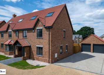Thumbnail 6 bed detached house for sale in Hayfield, Flitton