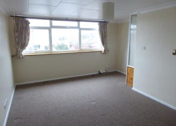 3 bed end terrace house to rent in Bremer Road, Staines TW18