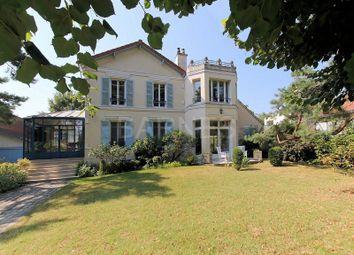 Thumbnail 5 bed villa for sale in Maisons Laffitte, Maisons Laffitte, France