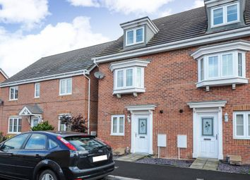Thumbnail 4 bed town house to rent in Hussars Drive, Thatcham