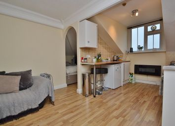 Thumbnail 1 bedroom flat to rent in Harrogate Road, Moortown