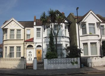 Thumbnail 1 bedroom flat for sale in Lodge Road, Croydon
